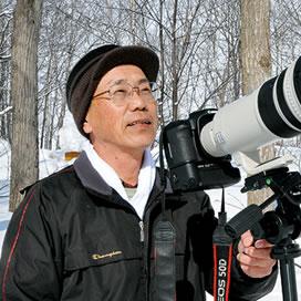 写真・文 河原秀之(かわはら ひでゆき) 昭和15年、北海道生まれ。深川市在住のアマチュアカメラマン。北海道写真協会会員で、平成17年から北海道の生き物たちを撮り続けている。深川市立病院などで写真を常設展示。生長の家相愛会員。