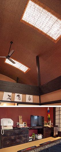 上:天窓のよしず張りを通して光が入るため、日が落ちるまで照明はいらない/下:テレビ台として使っている骨董箪笥。室内の雰囲気にぴったりと調和している