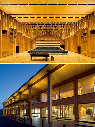 銘建工業で製造した集成材を使った木造建築。上は東京芸術大学6ホール(東京・台東区)、下は落合総合センター(真庭市)