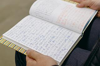 「他の研修生と喧嘩になってしまったときに、『日時計日記』に相手を讃嘆する言葉を書きました」