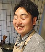中根敏也(なかね としや) SNI自転車部事務局員 生長の家国際本部勤務。愛知県豊田市出身。趣味はギターを弾いて歌うこと。自転車と自然をテーマに作曲中。