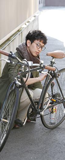 「職場までは、自転車で通勤してます」