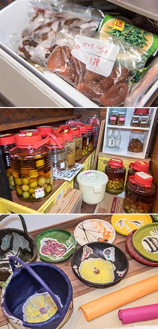 上:鶴の子柿で作った干し柿は古老柿(ころがき)と呼ばれる。毎年夫婦で皮むきし、軒下に吊るして作っている。冷凍保存しておけば、通年おいしい干し柿が食べられる/中:保存食の保管スペースには、梅干し、梅酒、梅味噌ドレッシングなどがずらり/下:ザルやカゴに和紙を貼って作った一閑張の数々。絵手紙の要領で描いた絵がアクセントになっている