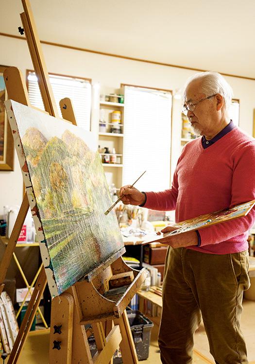 丹原善弘(たんばら・よしひろ)さん│71歳│奈良県葛城市 「1日で集中して絵が描けるのは約2時間。この時間に全力を注ぎます」。葛城市の自宅アトリエで。 取材/佐柄全一 写真/堀隆弘