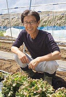 塚越 誠(つかこしまこと) 昭和36年、東京生まれ。昭和61年に山梨県北杜市に移住。有機農法による米作り、野菜作りを行う。生長の家国際本部の職員食堂に米を納めている。