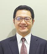 佐藤幸士(さとうこうじ)生長の家本部講師補 生長の家本部練成道場勤務。練成課長代行・能力開発センター事務局長。北海道札幌市生まれ。菜園で花や野菜を育てるのを楽しんでいる。