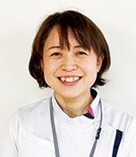 中倉富子 長崎市在住。2006年11月に25歳で結婚。小学校4年生、2年生、5歳の3児の母。リハビリの仕事と家事、育児に奮闘中。美味しいものを作るのと食べるのが大好き。生長の家の教区青年会役員は14年目。長崎南部教区光明実践委員。