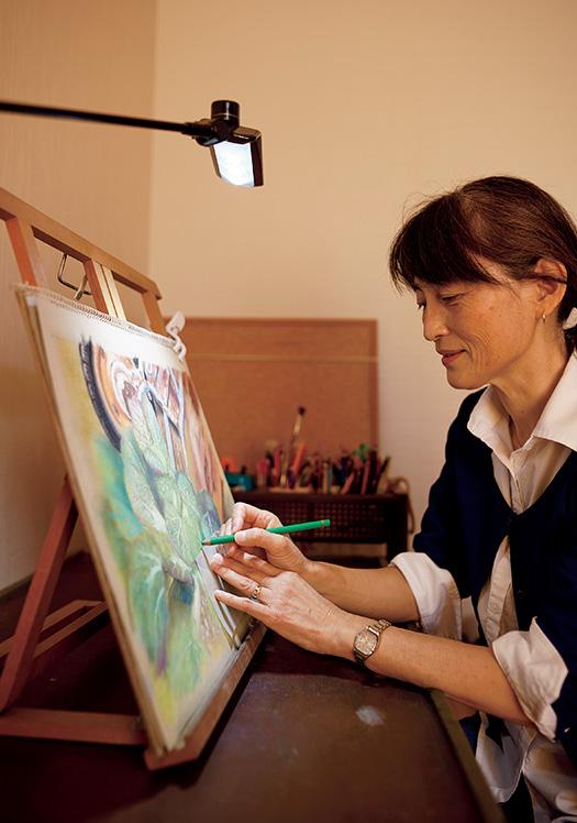 桑原多佳子(くわはら・たかこ)さん│57歳│和歌山県田辺市 「絵画教室は、最初3カ月でやめようと思っていたんですが、やってみると楽しくてすっかり夢中になりました」 取材/久門遥香(本誌) 写真/堀 隆弘