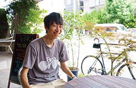 大学時代は環境活動サークルに入っていたという北城さん。「大阪城公園に集まって、ゴミ拾いのイベントなどを行っていました」