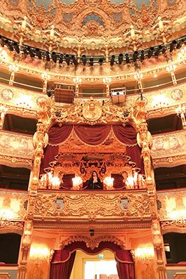 イタリアのベネツィアにあるフェニーチェ劇場にて