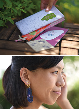 上:水引を使った髪留めなど。「使う人のイメージに合わせて作るのが楽しいですね」/下:小さな折り鶴を使ったイヤリング。付けるとかわいらしく鶴が揺れる