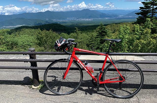 富士スバルライン(山梨県富士河口湖町)にある、樹海台駐車場にて