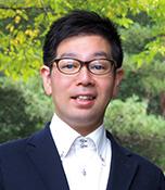 永井 暁(ながい・あかつき) 生長の家本部講師補 1973年生まれ。生長の家国際本部勤務。SNIクラフト倶楽部に所属し、木工づくりが得意。生長の家聖歌隊でテナーパートを担当。