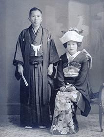 曾祖父と曾祖母の婚礼写真 (写真提供:S.M.さん)